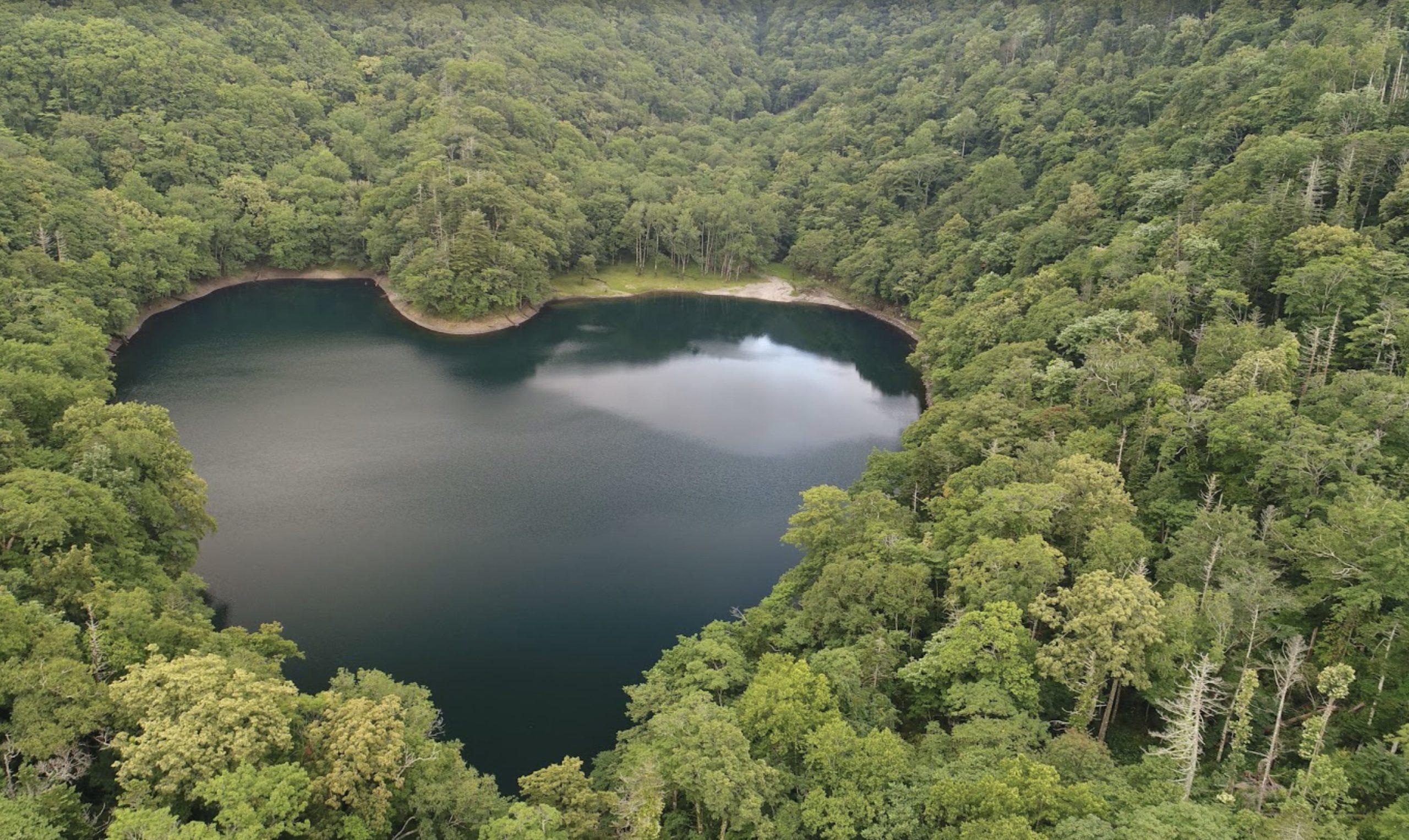 北海道ハートの湖豊似湖