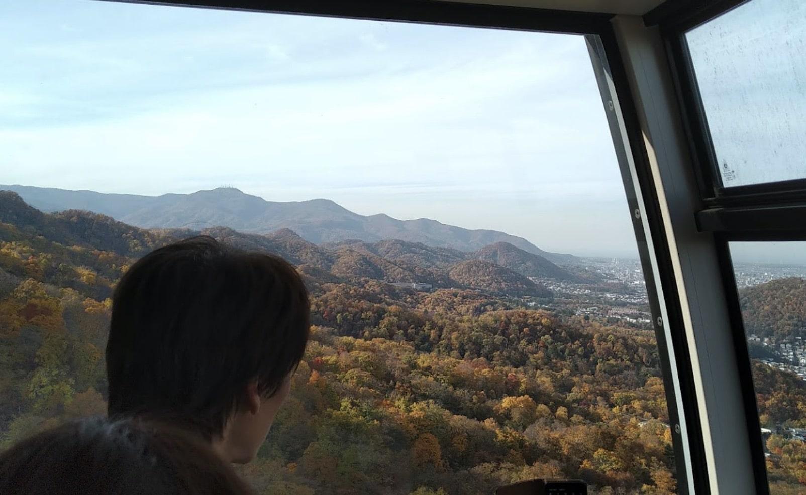 藻岩山ロープウェイの紅葉
