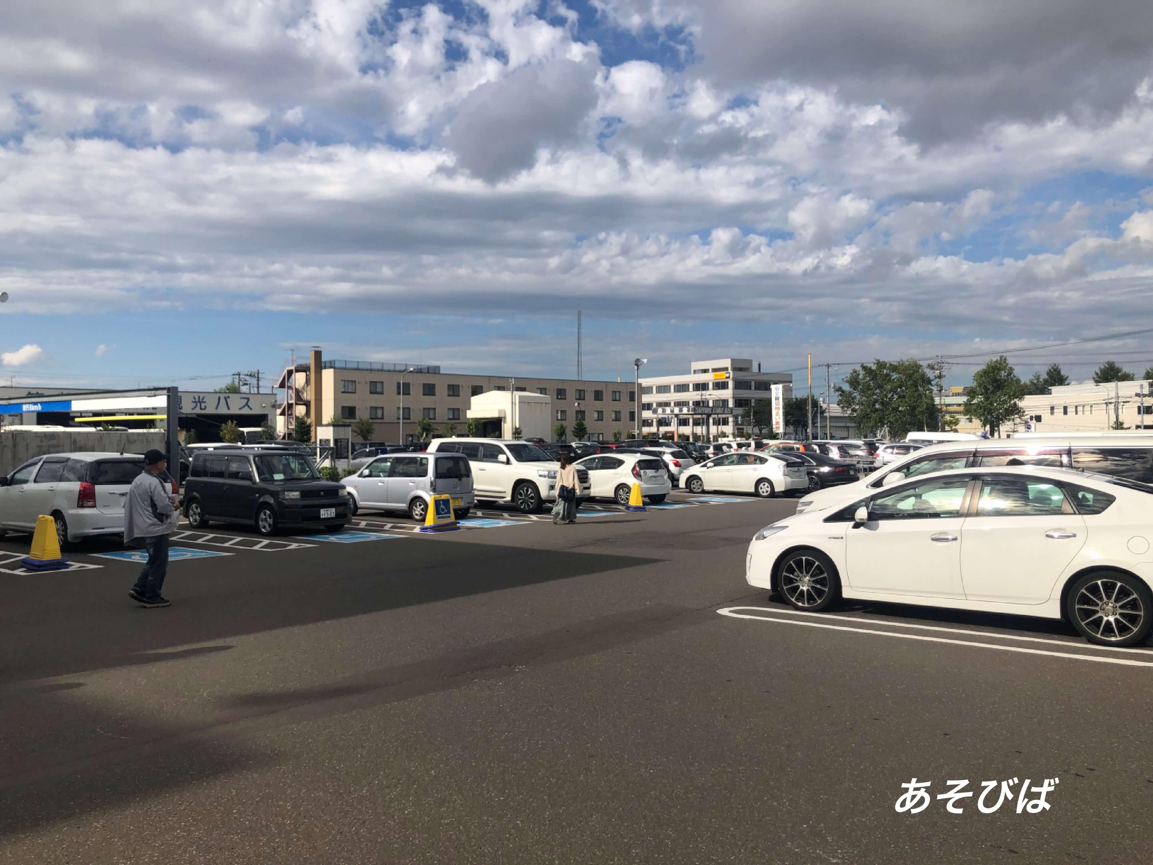 コストコ札幌駐車場