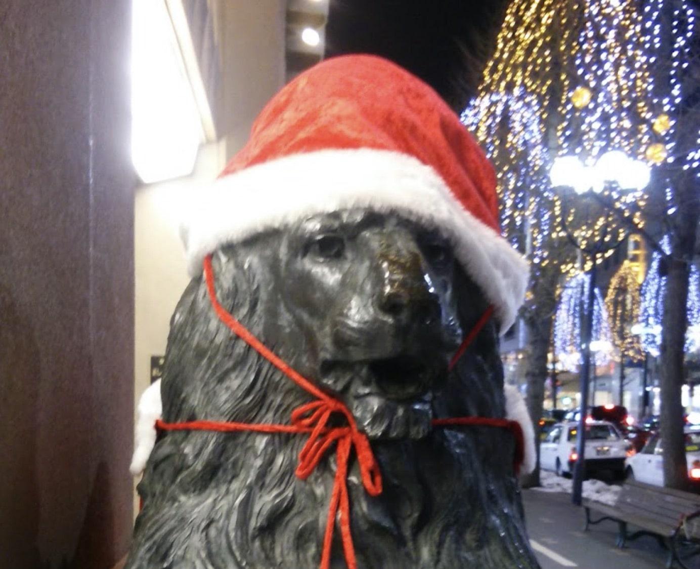 札幌三越のライオンの像