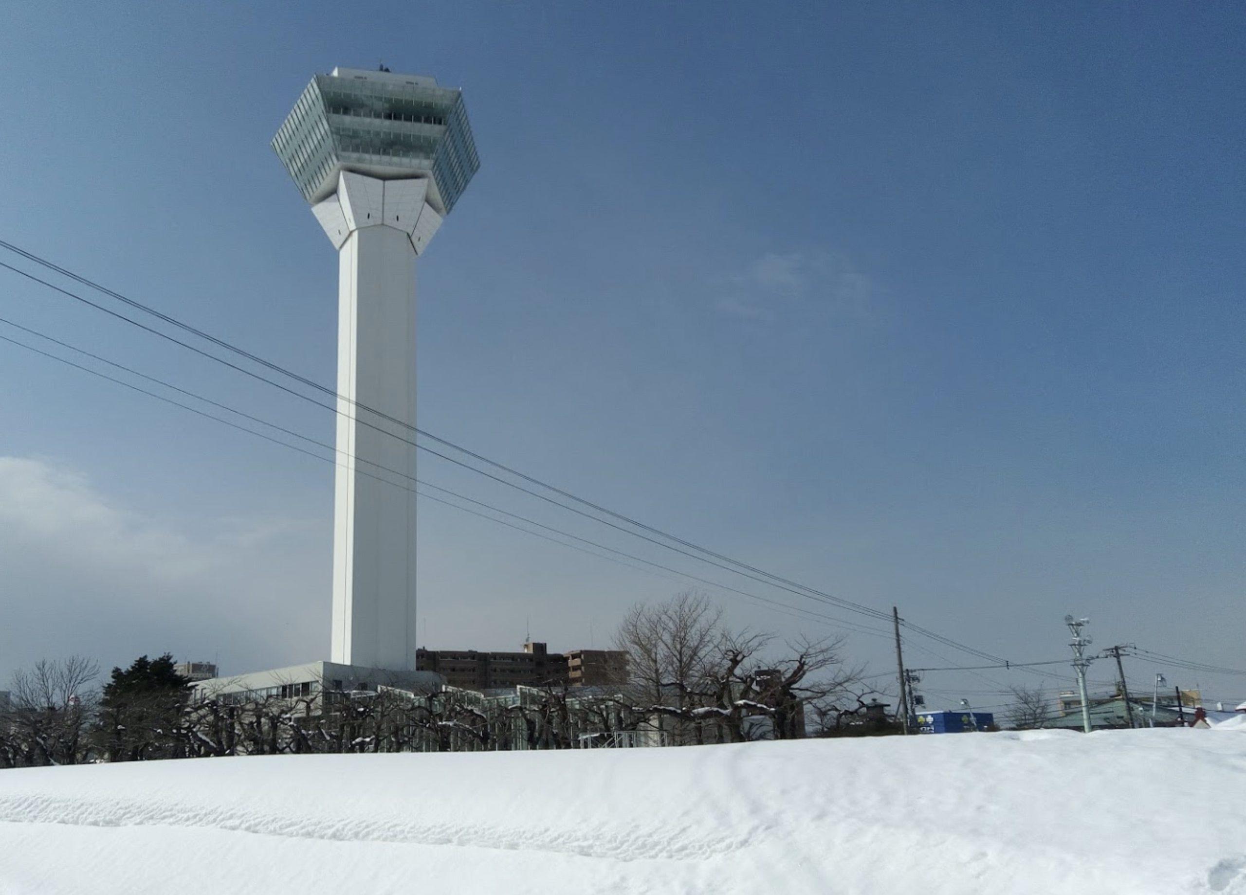 冬の五稜郭タワー