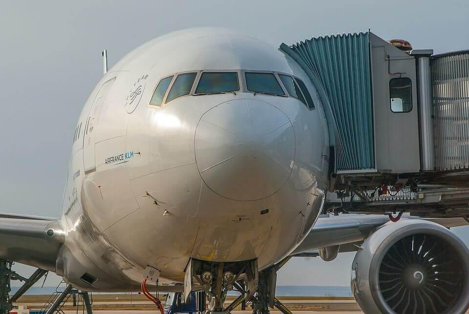 aircraft-3229228_960_720