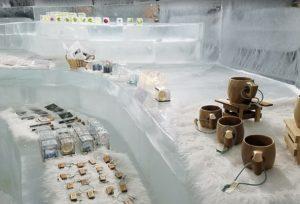 トマムアイスヴィレッジ 氷の雑貨屋